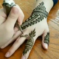 Beautiful desing for brides - Henna designs hand - Pretty Henna Designs, Modern Henna Designs, Latest Henna Designs, Henna Tattoo Designs Simple, Full Hand Mehndi Designs, Mehndi Designs For Girls, Mehndi Designs For Beginners, Mehndi Design Photos, Henna Designs Easy