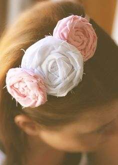 Fabric Flower Headband Tutorial {no sew} - Tip Junkie