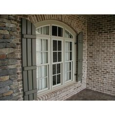 House exterior brick and stone shutters 53 ideas for 2019 Window Shutters Exterior, Farmhouse Shutters, Wood Shutters, Cafe Shutters, Houses With Shutters, Shutters Brick House, Outdoor Shutters, Louvered Shutters, Green Shutters