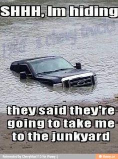 old trucks chevy Funny Car Memes, Crazy Funny Memes, Really Funny Memes, Funny Relatable Memes, Funny Truck Quotes, Funny Cars, Lifted Trucks Quotes, Funny Stuff, Chevy Jokes