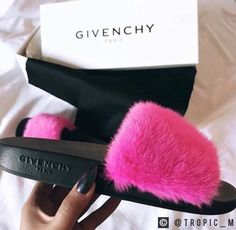 Uploaded by J. Find images and videos about Givenchy, black and pink and shoe game on We Heart It - the app to get lost in what you love. Sandals Outfit, Cute Sandals, Sport Sandals, Slide Sandals, Stiletto Shoes, Shoes Heels, Lit Shoes, Shoe Boots, Givenchy Slides