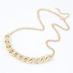 Chunky Chain Pendant Golden High Fashion Short Costume Necklace