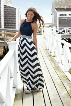 how to wear a nautical maxi dress Nautical+Maxi+dress+chevron+dress+navy+and+white+picture. Look Fashion, Skirt Fashion, Street Fashion, Fashion Clothes, Stylish Clothes, Fashion Outfits, Clothes Women, Casual Clothes, Stylish Dresses