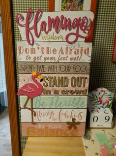 Flamingo Craft, Flamingo Decor, Flamingo Party, Pink Flamingos, Flamingo Painting, Beach Crafts, Diy Crafts, Flamingo Pictures, Pink Bird