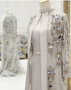 Gorgeous Beaded Mother Of The Bride Dresses With Long Sleeves Pearls Plus Size Wedding Guest Dress Crystals High Neck Evening Gowns Tesettür Abiye Modelleri 2020 – Tesettür Modelleri ve Modası 2019 ve 2020 Abaya Fashion, Muslim Fashion, Modest Fashion, Fashion Dresses, Classy Fashion, Chanel Fashion, Trendy Fashion, Fall Fashion, Boho Fashion