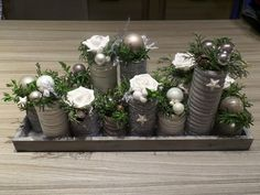 With little effort you make yourself the most beautiful Christmas and winter decoration yourself … These 9 ideas you will want to try immediately! – DIY craft ideas Source by Christmas Flower Decorations, Christmas Arrangements, Christmas Flowers, Christmas Table Settings, Christmas Tablescapes, Christmas Candles, Christmas Wreaths, Primitive Christmas, Country Christmas