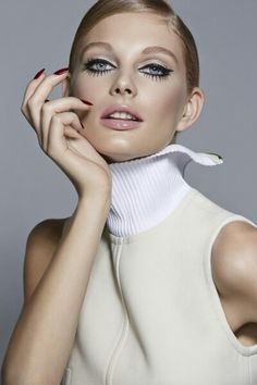 Trend: grote wimpers EB Cosmetics..
