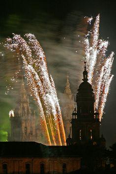 Hasta hace unos años, la fiesta del Apóstol era la romería más importante de Galicia a la que acudían, todos los 25 de Julio, gente venida de todos sus rincones. Los años en en que la fiesta coincide en domingo, es declarado por la iglesia año santo.