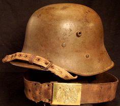 Ww1 Helmet, Pith Helmet, Empire House, German Helmet, Peaked Cap, Austro Hungarian, Military Uniforms, Military Equipment, Kaiser