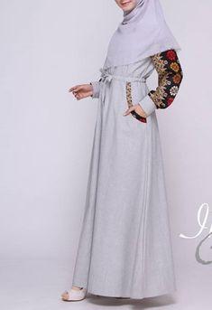 Hijab Fashion 2016, Fashion Outfits, Women's Fashion, Dress Batik Kombinasi, Black Dress Accessories, Gold Bodycon Dresses, Mother Of The Bride Dresses Long, Batik Fashion, Batik Dress