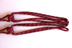 2-embrasses-de-rideau-avec-pompons-Passementerie-Ref-175