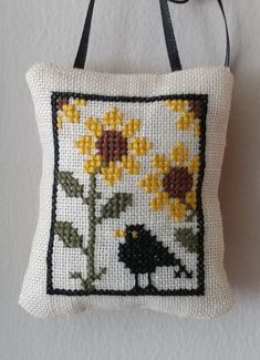 Small cross stitch ornament with sunflowers & crow. Fall Cross Stitch, Cross Stitch Angels, Cross Stitch Pillow, Cross Stitch Fabric, Beaded Cross Stitch, Simple Cross Stitch, Cross Stitch Flowers, Modern Cross Stitch, Cross Stitch Designs