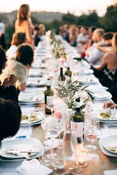 Long table l speech l Wedding l Styling l @alicemahranphotography l @SUUSStyling