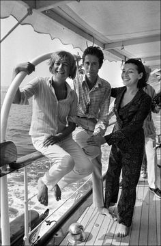 Francoise Sagan, Jacques Chazot, Juliette Greco in France on July 15, 1966. (Photo by Reporters associés /Gamma-Rapho)