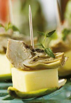 Skønne forretter med lækker artiskok og emmentaler som modspil til syren.