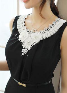 [Luis Angel] Volume three-dimensional flower sleeveless blouse tee, style Tami