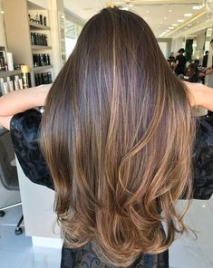 Are you going to balayage hair for the first time and know nothing about this technique? We've gathered everything you need to know about balayage, check! Balayage Hair Brunette Straight, Hair Color Balayage, Babylights Brunette, Long Brunette Hair, Brown Balayage, Partial Balayage Brunettes, Hair Color Brunette, Sunkissed Hair Brunette, Brunette Long Layers