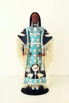 Rhonda Holy Bear. Lakota doll artist