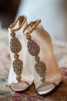 Featured Photographer: Elle Jae Photo; wedding shoes idea