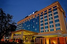 Best Hotels in Ajmer - Find out the excellent hotels and rest spots in the city Ajmer. We will show up you high rated and best hotels in Ajmer. Top 10 Hotels, 5 Star Hotels, Hotels And Resorts, Best Hotels, Luxury Hotels, Hotel Sites, Radisson Hotel, Heritage Hotel, Hotel Amenities