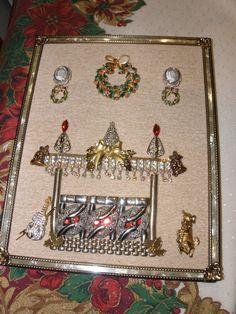 Vintage Jewelry Christmas Fireplace Scene