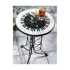 Neat table heidi