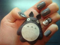 """The Nail Artiste: Nail Art: Totoro with American Apparel """"Factory Gray"""""""