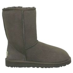 Wow__Worth it !Cofortable and cheap !Ugg Classic Short Boots Chocolate Sale