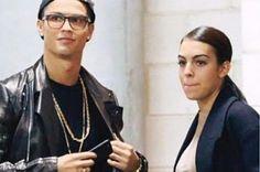 Is Georgina Rodriguez the Cristiano Ronaldo wife? Georgina Meets Cristiano's Mom Ronaldo Wife, Cristiano Ronaldo Girlfriend, Soccer Fans, Soccer Players, Cristiano Ronaldo Novia, Divas, Latest Sports News, Scandal, Girlfriends