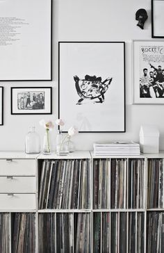 black and white art wall | Da Daa blog
