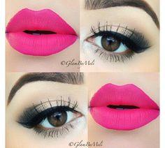 Black eyeshadow & pink lipstick