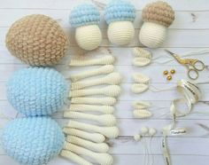 These sweet amigurumi sheep are created in the blink of an eye! The amigurumi pattern is super-easy and perfect for beginners. Crochet Sheep, Easter Crochet, Diy Crochet, Crochet Amigurumi Free Patterns, Stuffed Toys Patterns, Handmade Toys, Crochet Projects, Red Velvet, Knitting