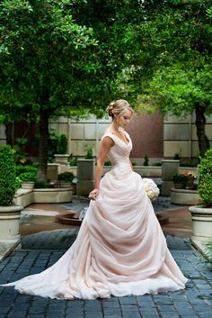 Blush Pink Wedding Dresses With Ruffles Sweetheart Vintage Bridal Gowns from SheDress Erröten rosa Brautkleider, Ballkleid Brautkleid, Brautkleid Blush Pink Wedding Dress, Blush Pink Weddings, Dress Wedding, Blush Gown, Drop Waist Wedding Dress, Colored Wedding Dresses, Disney Inspired Wedding Dresses, Wedding Bride, Wedding Disney