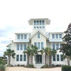 627 best beach houses images beach homes beach cottages diy rh pinterest com