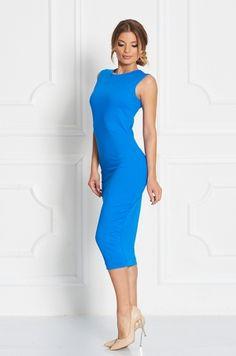 Jednofarebné puzdrové šaty pod kolená. Šaty sú bez rukávom, okrúhlym výstrihom okolo krku, s možnosťou rozopnutia na zips v zadnej časti. Vhodné na bežné nosenie či spoločenskú príležitosť.