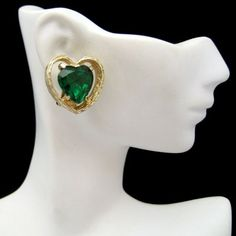BEAUTIFUL VINTAGE GREEN GLASS HEART CLIPS! These were made by ART and are so pretty! $49.95