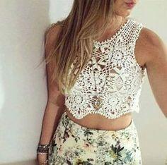 Crochê Decora & Veste: Blusa Top Branca de Squares