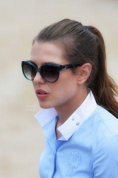 charlotte casiraghi Maquillage, Rouge, Kelly Monaco, Famille Royale De  Monaco, Princesse Charlotte 6a6c9da20739