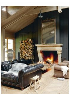 Living in the Dark: Black, Grey and Brown Rooms - At Home with Kim Vallee Mad About The House, Modern Country Style, Chesterfield Sofa, Home And Deco, Home And Living, Cozy Living, Living Spaces, Living Area, Living Rooms