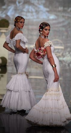 Pilar Vera, Simof 2015 Flamenco Skirt, Flamenco Dancers, Flamenco Dresses, Flamenco Costume, Pretty Dresses, Sexy Dresses, Summer Dresses, Spanish Fashion, Maid Dress