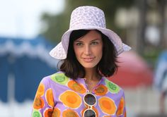 Jessica Pare Talks MAD MEN Season Jessica Pare talks about Mad Men season working with Jon Hamm, why Megan won over Don, and more. Jessica Paré, Don Draper, Jon Hamm, Madison Avenue, Mad Men Mode, Mad Men Characters, Joan Harris, Mad Men Fashion, Vintage Fashion