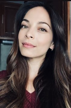 """Photo From KK's IG Story Page - 4/13/21 """"I took a mini job. So, my grey hairs are gone for now"""" (Don't worry, they will return. Ha) Kristin Kreuk, Lana Lang, Fans, Jay Ryan, Eliza Dushku, Smallville, Keira Knightley, Best Actress, Celebrity Pictures"""