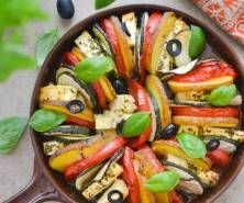 Zapiekanka warzywna z fetą Ratatouille, Cheddar, Feta, Ethnic Recipes, Cheddar Cheese