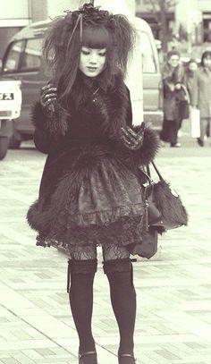 Old School Lolita Only Fashion, Punk Fashion, Lolita Fashion, Gothic Fashion, Alternative Outfits, Alternative Fashion, Lolita Goth, Emo Goth, Lolita Dress