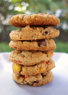 Reese's Pieces Peanut Butter Oatmeal Cookies