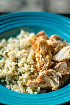 Need to feed a crowd? Today's easy recipe, Crock Pot Salsa Chicken on Brown Rice, is perfect for feeding a large group.