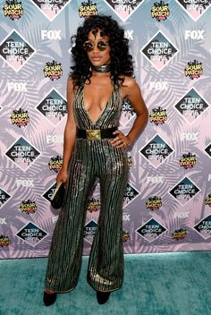 Pin for Later: See Every Head-Turning Outfit From the Teen Choice Awards Keke Palmer The star embraced the plunging-neckline look in her Balmain jumpsuit.