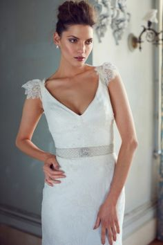 Karen Willis Holmes's Fall 2015 Wedding Dress Collection