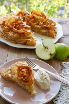 French Apple Pies, Caramelized Sugar, Phyllo Dough, Cooked Apples, First Bite, Granny Smith, Apple Slices, Just Desserts, Family Meals
