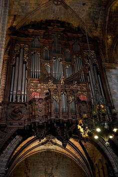 The Organ at Barcelona Cathedral. Follow this link to find out more about the Barcelona Cathedral.  http://mikestravelguide.com/things-to-do-in-barcelona-visit-the-barcelona-cathedral/
